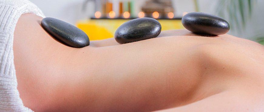 masajes-terapia-piedras